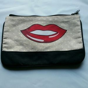 SALE! IPSY Red Lips Cosmetic Bag Makeup Case NWOT